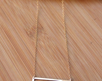 Rectangle Outline Necklace / Modern Geometric Necklace / Gold Filled Sterling Silver / Simple Bar Necklace