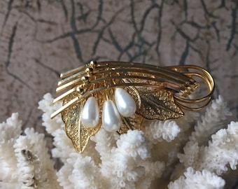 Pearl & Filigree Floral Brooch - VINTAGE