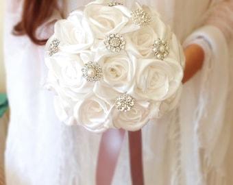 White Rose bouquet, Satin rose bouquet, Fabric flower bouquet, fabric flower bouquet, brooch bouquet,