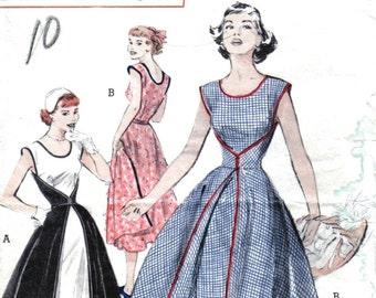Vintage Walkaway Dress Sewing Pattern Wrap Dress Butterick 6015 Size 12 Bust 30