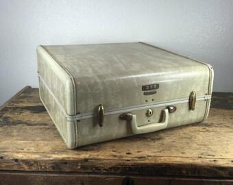 Vintage Hard Cream Samsonite Luggage