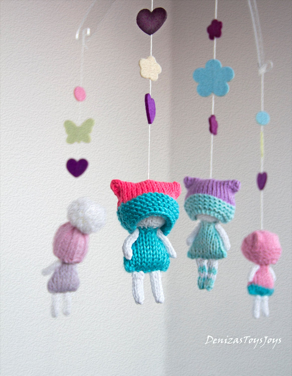 Double Knitting In The Round Patterns : Mini winter dolls pdf knitting pattern knitted in the