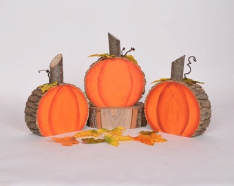 Wooden Pumpkins, log slice pumpkins, Rustic log pumpkins, Rustic halloween pumpkins