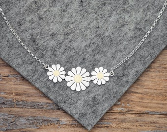 Daisy flowers necklace in solid silver and 18ct gold