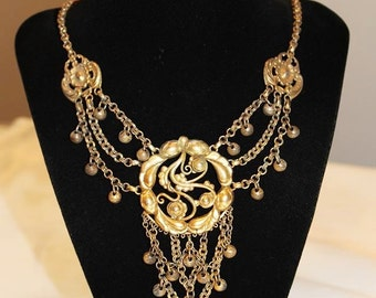 Vintage Alluring Couture Textured TIERED ETRUSCAN Necklace NC