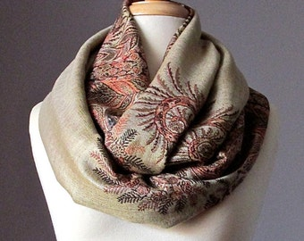 Beige scarf, infinity scarf, pashmina, chunky scarf, fall scarf, winter scarf, paisley scarf