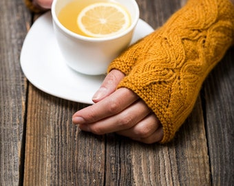 PDF KNITTING PATTERN - Faye Fingerless Gloves - Accessory
