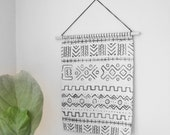 White Mud Cloth Tapestry, Mid Century Modern Decor, Woven Textile Wall Hanging, Mudcloth Weaving, Boho Tapestry, Black White Geometric Decor