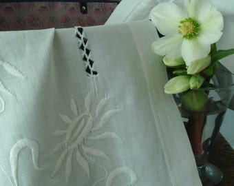Antique white cotton table runner, with floral embroidery and drawn thread-work.