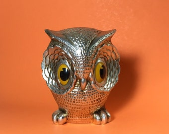 Silver big eyed owl bank made by New Trends, Coin, Money, Collectible, Kitschy, Cute, 1970's