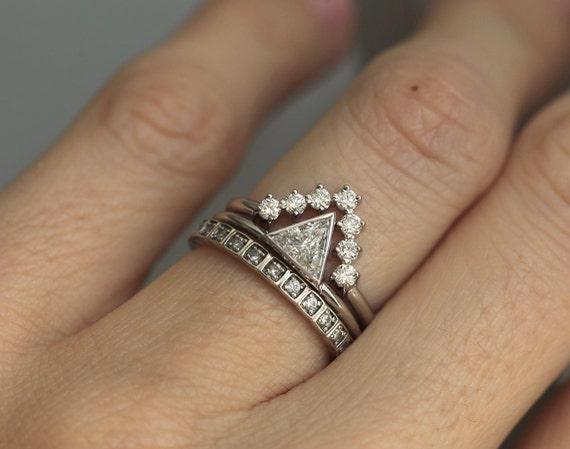 Diamond Wedding Ring Set 0 4 carat diamond with V Diamond