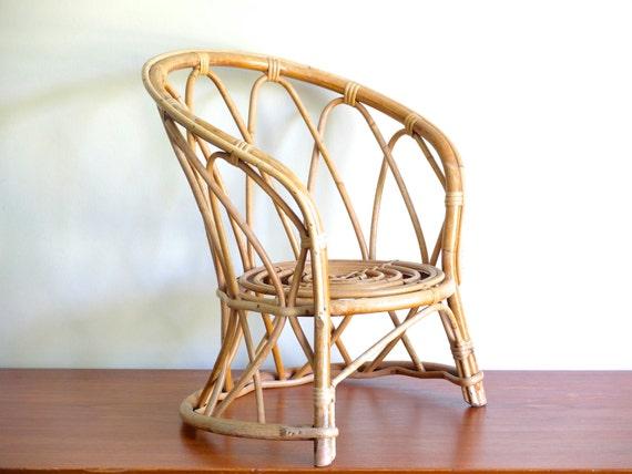 Fauteuil chaise enfant en rotin bambou ann es 50 vintage for Chaise enfant en rotin