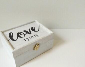 Personalised date box - White wood love box - Personalised wedding box - Jewellery box - Anniversary box - Personalised gift box