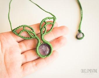 Bohemian macrame necklace, micro macrame necklace, green bohemian macrame necklace, green boho macrame necklace