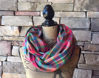 Pink Infinity Scarf / Plaid Infinity Scarf / Plaid Flannel Scarf / Flannel Scarf / Plaid Scarf / Fall Scarf / Womens Scarves / Circle Scarf
