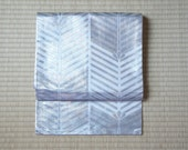 Silver Nagoya obi, metall...