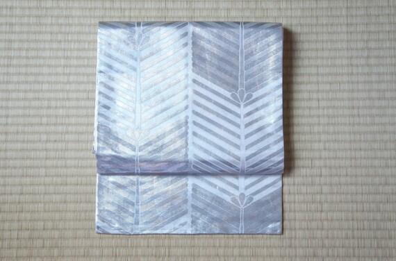 Silver Nagoya obi, metallic silver white obi belt, geometrical Nagoya obi flowers, vintage silk obi belt striped, grey kimono belt