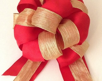 Red Christmas Bow -  Gift Topper Bow - Christmas Bow - Valentine's Day Bow  - Red Bow - Gift Bow - Holiday Bow