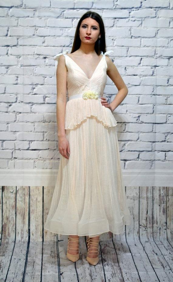 8e9291b5fb32 Ivory Blush Bohemian wedding dress - Chiffon wedding dress - Beach wedding  dress - Silk dress
