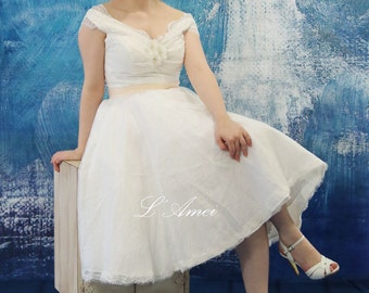 Vintage Style Tea Length Lace Wedding Dress Featuring Off Shoulder Cap Sleeves - AM1235821