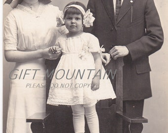 Early 1900s Family Real Photograph, Snapshot Postcard