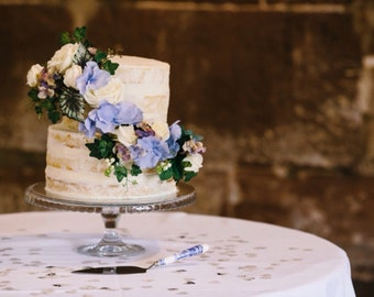 Blue flower Cake spray two tiers hydrangea ivory roses wedding anniversary customized cake toppers