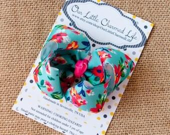 Hawaiian Print Hair Bow, Hawaiian Hair Bow, Beach Hair Bow, Boutique Hair Bow, Hibiscus Hair Bow, Toddler Hair Bow, Beach Hair Clip