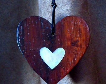 """3"""" x 3"""" East Indian Rosewood Heart With Pearl Heart Inlay Handmade"""