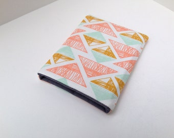Birth Control Case - Pill Case Birth Control - Pill Cozy / Pink Lattice Print