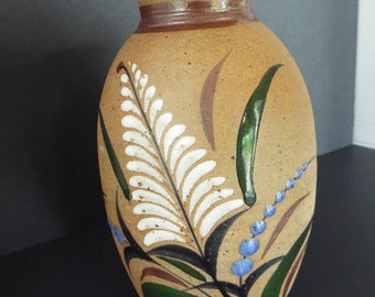 Mexican pottery folk art vase Tacat Mexico pottery hand painted Ken Edwards pottery