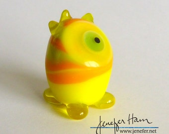 WITWIT! Glass Sculpture/Miniature/Mascot/Marker/Pawn made Jenefer Ham Board Game