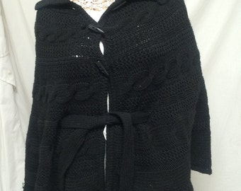 Fratelli Talli,poncho with sleeves,knit poncho,Black,Made in Italy, wrap, shawl, cable knit sweater, black knit,toggle,belt