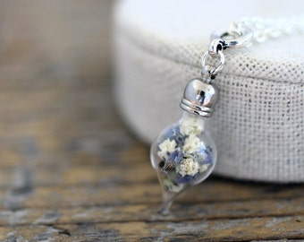 Gypsophila and Lavender, Dried Gypsophila Necklace, Lavender Necklace, Baby's Breath, Real Dried Flowers Necklace, Real Flowers Necklace