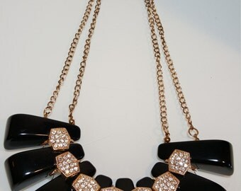 FREE  SHIPPING  Lucite Rhinestone Bib Necklace