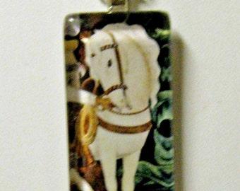 White horse pendant and chain - HGP02-012