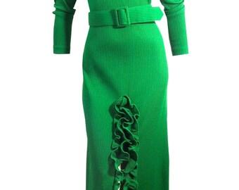 vintage 1970s Kelly Green Ribbed Knit Dress w/ Rhumba Ruffled Hem M