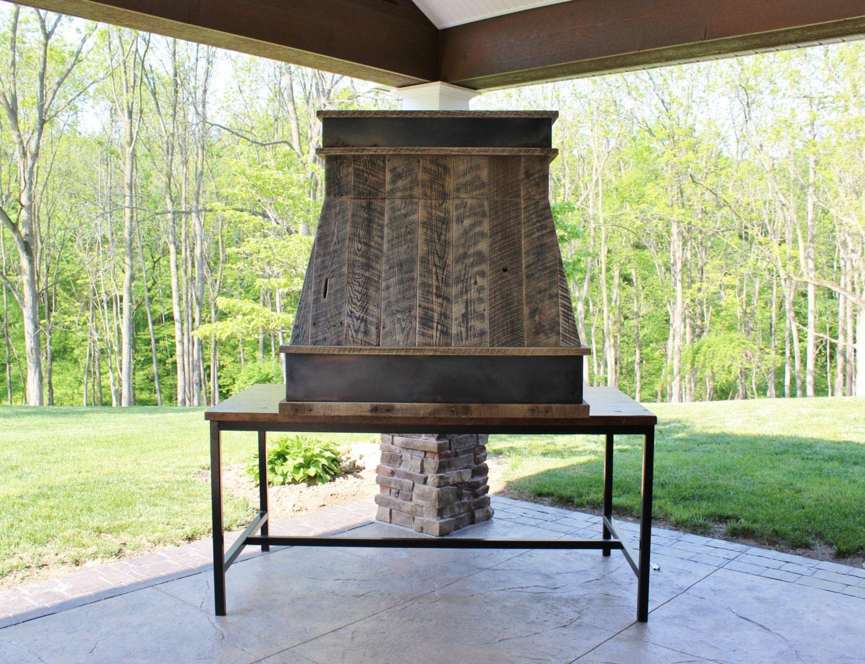 rustic range hood reclaimed barn wood range hood w steel. Black Bedroom Furniture Sets. Home Design Ideas