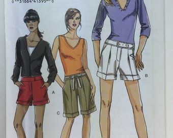 Very Easy Vogue V8365 Misses' Cuffed Shorts Pattern sizes 6,8,10,12 uncut