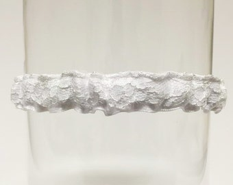 AMY | (white) lace wedding garter