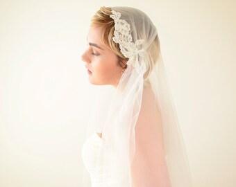 Lace veil, Juliet Cap Veil, Juliet veil, wedding veil with lace, Kate Moss veil, 1920s veil, romantic veil, boho bohemian veil, vintage veil