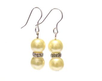 yellow pearl earrings, earrings, pearl earrings, yellow earrings, dangle earrings, bridesmaid earrings, drop earrings