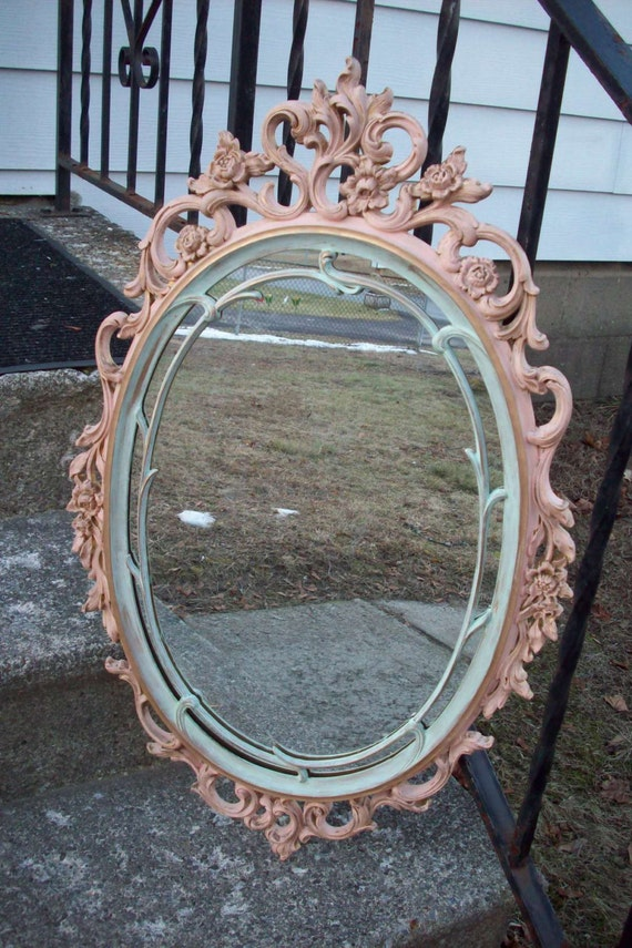 Grand miroir mur ovale pastel vintage shabby chalet main for Grand miroir antique