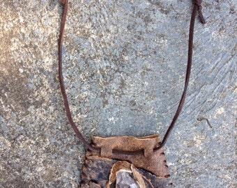 Clear Quartz point neck pouch