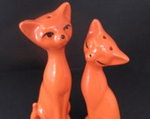 Vintage Retro Orange Cats Salt and Pepper Shakers Figurines Gifts Home Decor
