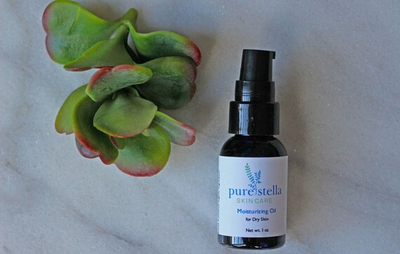 Moisturizing Facial Oil for Dry Skin