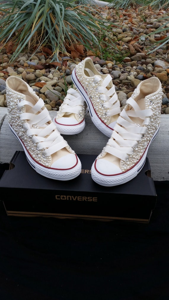Find this Pin and more on Chucks + a Wedding = Amazing! by Alicia Gardner. Elizabeth Bailey Weddings, Wedding and Event Planning in Baltimore, Maryland: Custom Chuck Taylors Customize Chuck Taylors for you and your husband-to-be and all of your wedding party! My Dad's Groomsmen wore Chuck Taylor'ferricd.cf I should Keep up the Tradition?