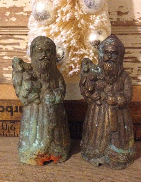 Brass santa claus old world rusty figurine pair