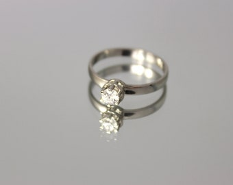 Solitaire ring, White gold engagement ring, Round engagement ring, Round shape  ring, 14k engagement ring, cz engagement ring