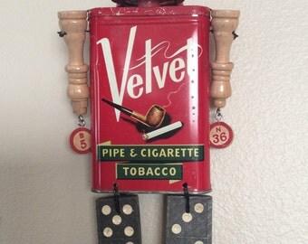 Ms. Velvet