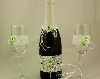 Vintage rustic toasting flutes, Lace wedding charms, Rustic Wedding glasses,Lace wedding decoration, Lace, pearls